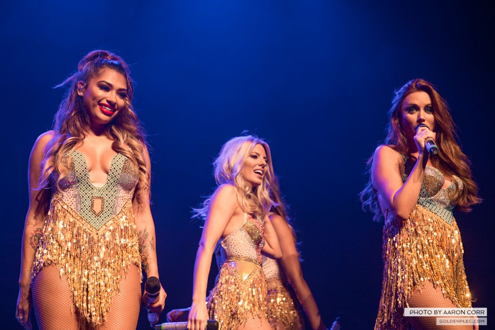 The Saturdays at Olympia by Aaron Corr-18