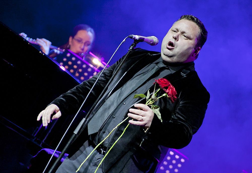 Paul Potts at The Olympia by Abraham Tarrush (1)