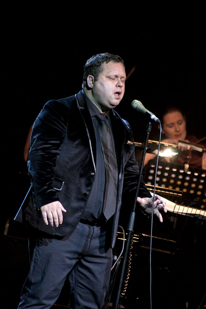 Paul Potts at The Olympia by Abraham Tarrush (10)