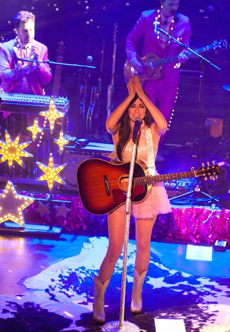 Kacey Musgraves at The Academy Dublin by Abraham Tarrush (12)