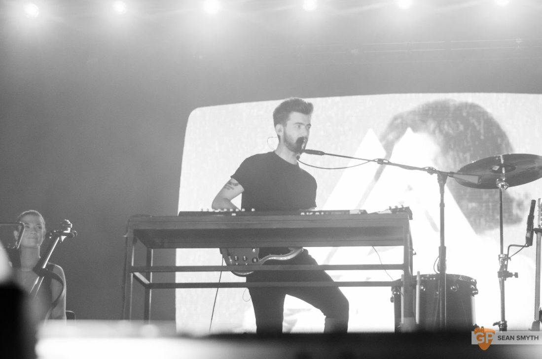 bastille-at-3arena-by-sean-smyth-10-11-16-21-of-25