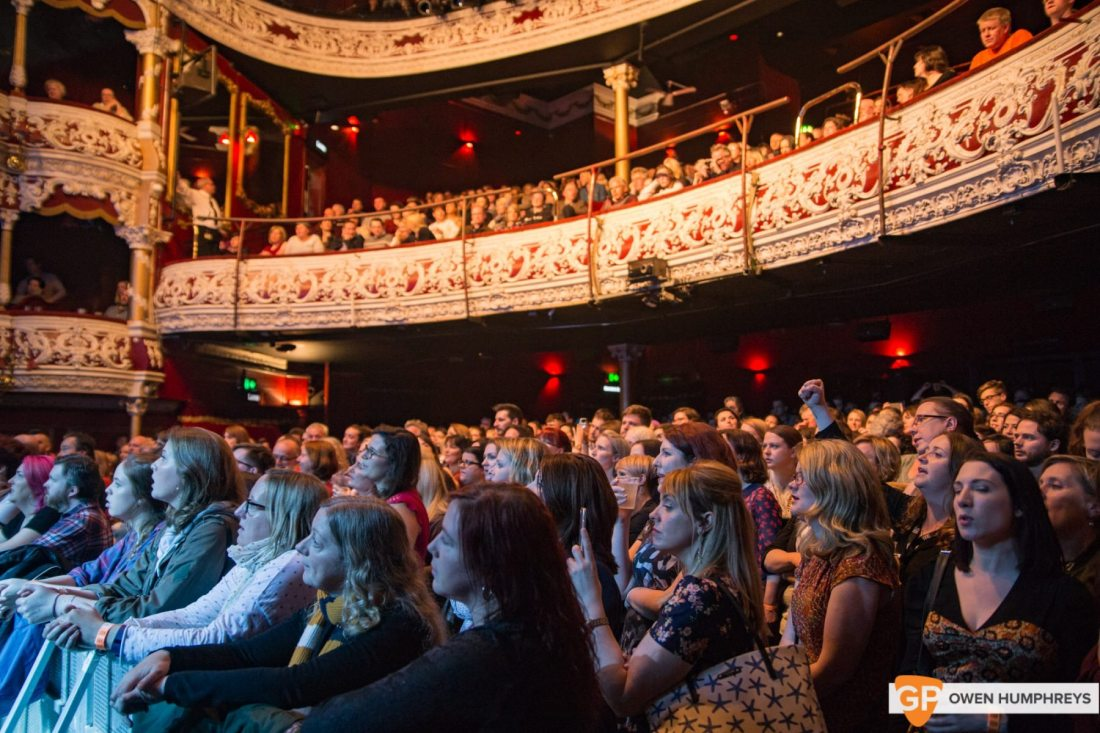 A Night in the Key of 8 at The Olympia Theatre by Owen Humphreys (5 of 36)