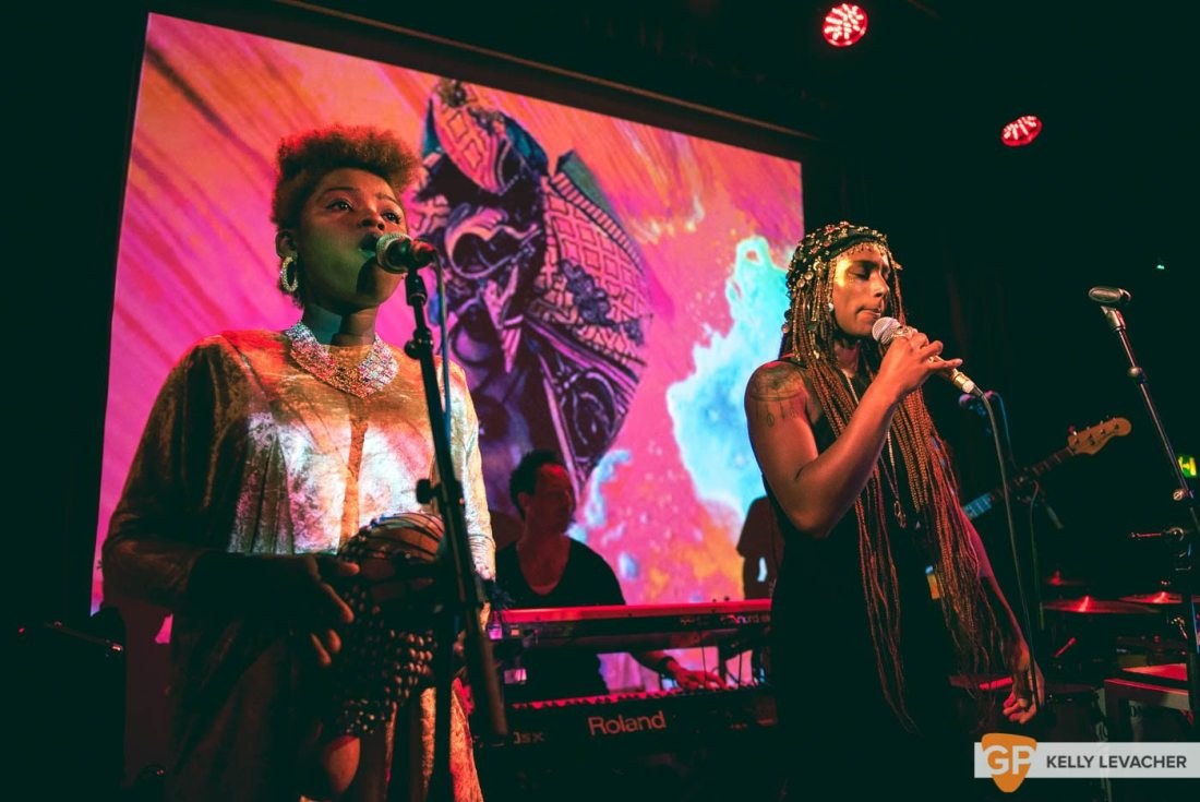 Fehdah (Support: SuperSilly) at The SugarClub, 2017. Photos by Kelly Levacher.