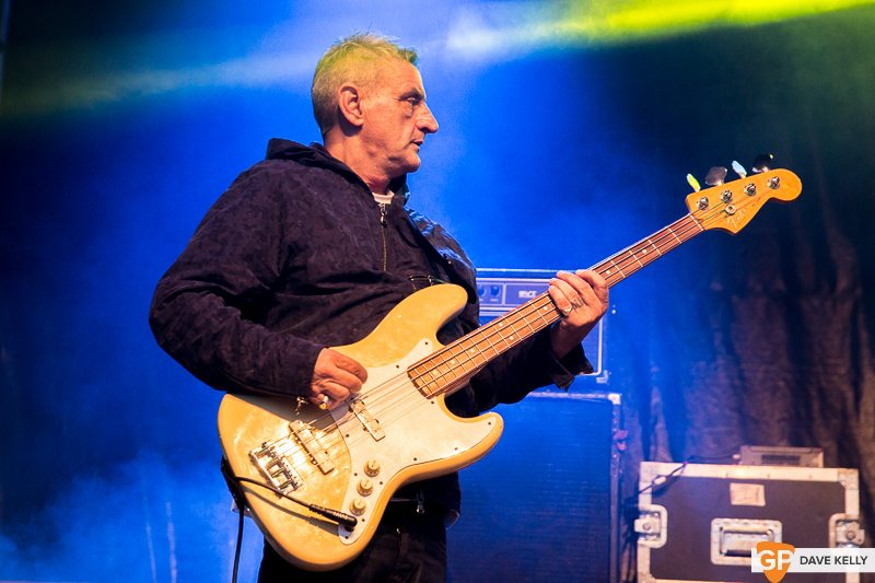 The Happy Mondays at Leopardstown Racecourse on 17 August 2017 (27 of 30)