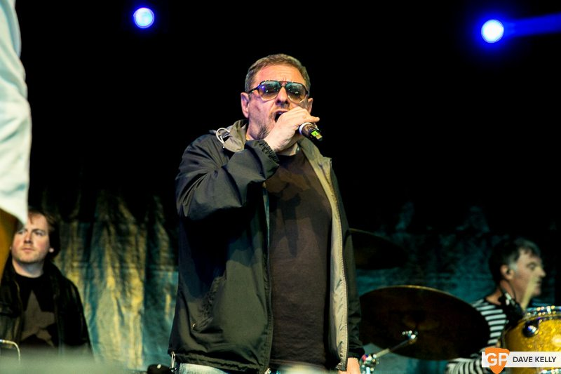 The Happy Mondays at Leopardstown Racecourse on 17 August 2017 (8 of 30)