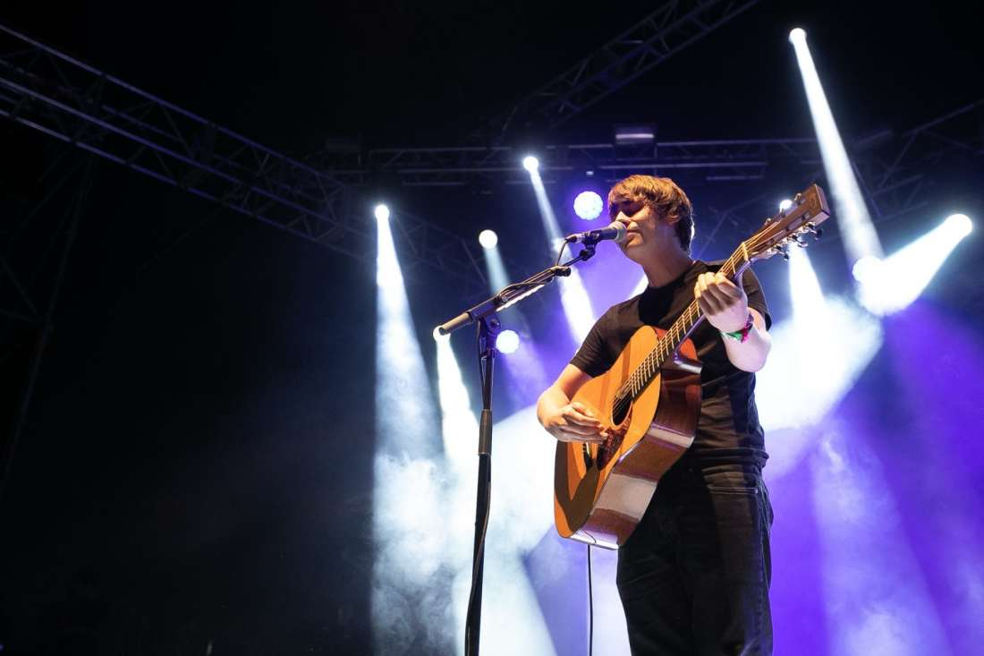 Jake Bugg performs at Indiependence 2018 by Kieran Frost
