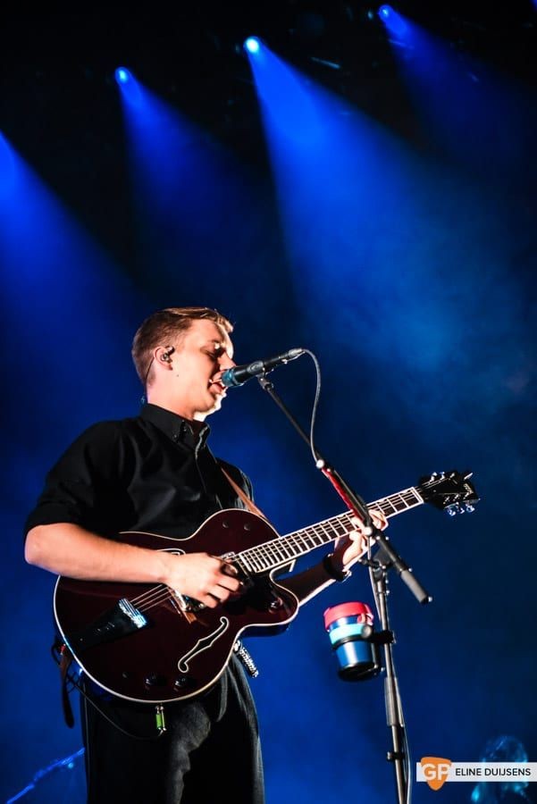 George Ezra at Verti Music Hall by Eline Duijsens GP-13