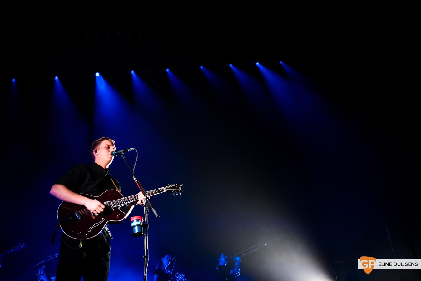 George Ezra at Verti Music Hall by Eline Duijsens GP-16