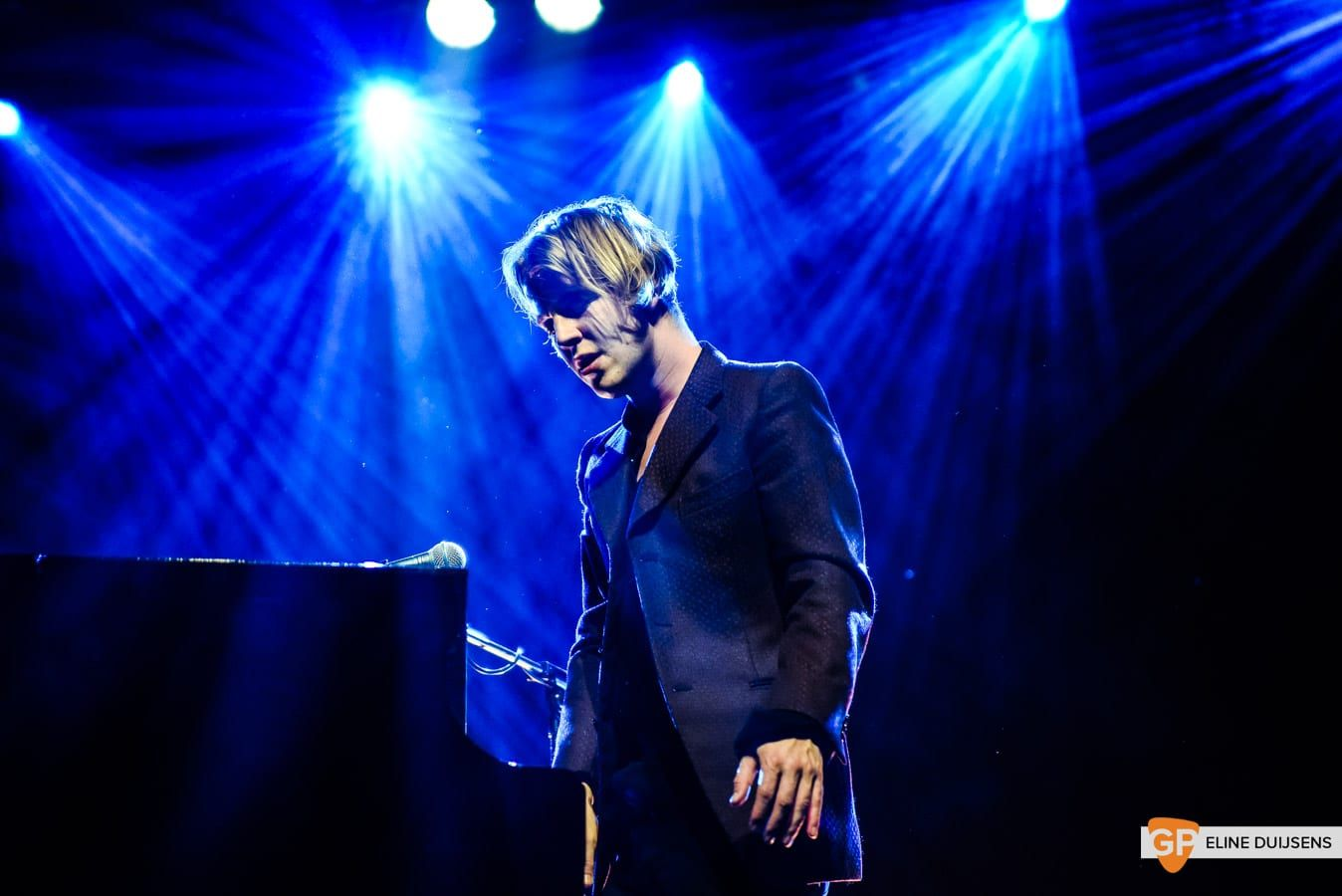 20181102 Tom Odell by Eline Duijsens GP-12