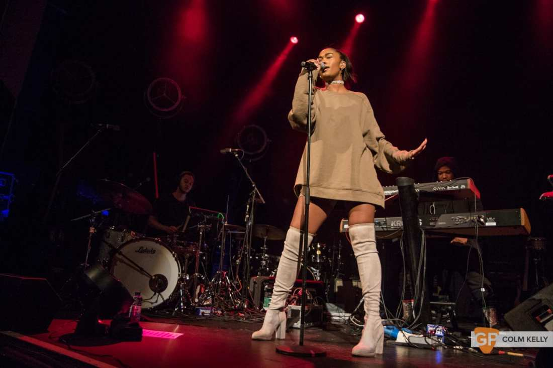 Amber Mark at The Olympia Theatre, Dublin by Colm Kelly-90