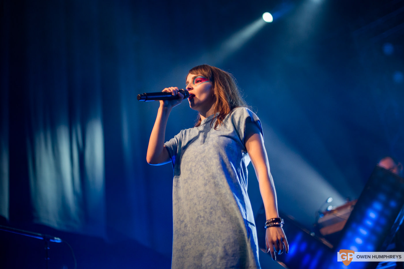 Chvrches at the Olympia Theatre. Photo by Owen Humphreys. www.owen.ie