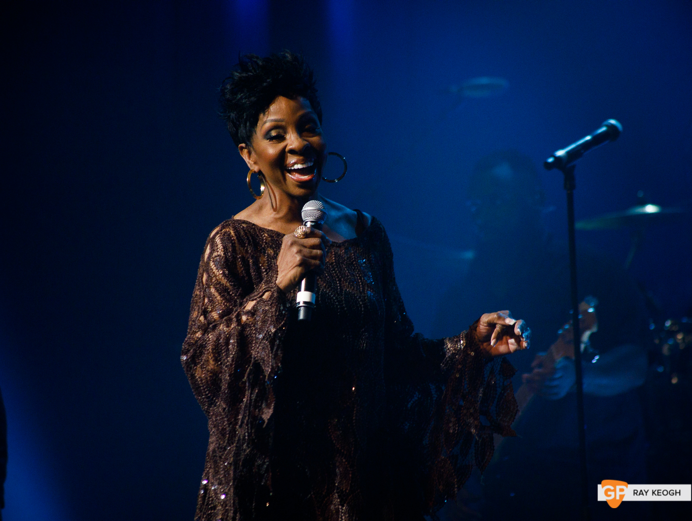 Gladys Knight – The Olympia – Ray Keogh-84