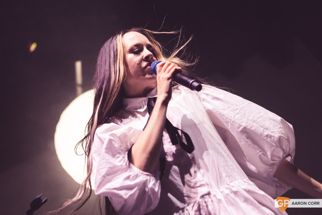 Allie X at Olympia Theatre on 30-Oct-2019 by Aaron Corr-9570