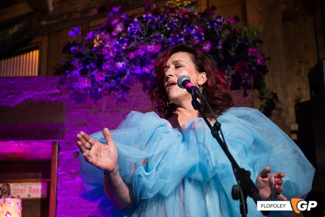 Maria Doyle Kennedy at De Barras Folk Club Clonakilty, Photographer, Flo Foley, 15-08-2021-10