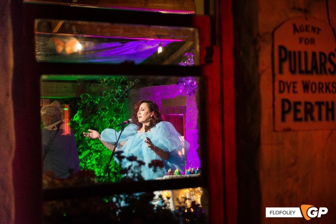 Maria Doyle Kennedy at De Barras Folk Club Clonakilty, Photographer, Flo Foley, 15-08-2021-16