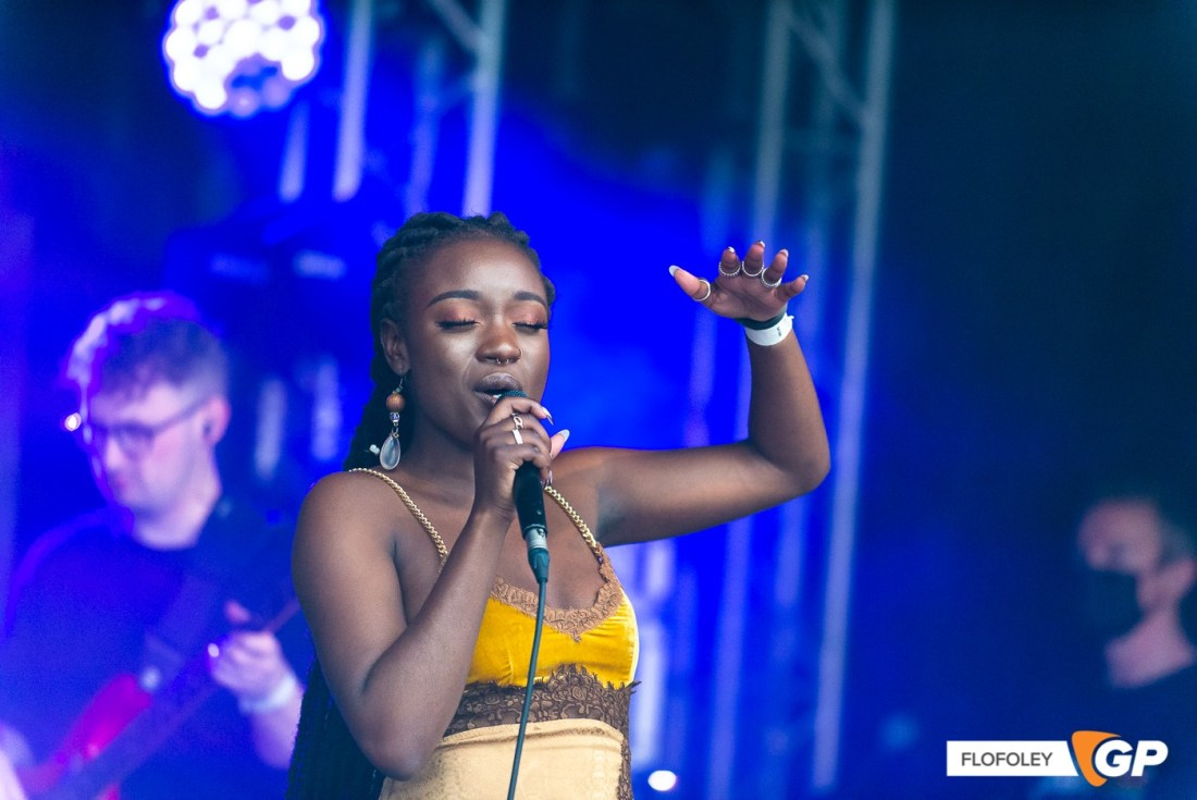 Tolu Makay at Meet Me At The Castle, Clare Galway Castle, Photographer Ciaran Foley, 25-09-2021-7