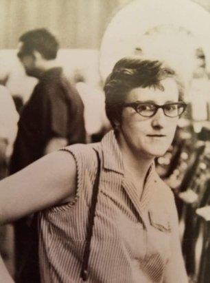 A younger Myrna Karns