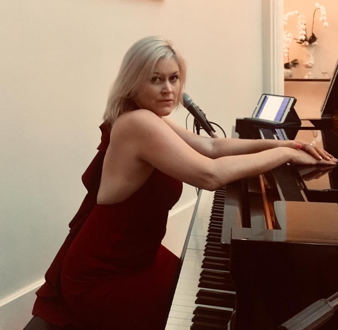 Solo Singer-Pianist 7