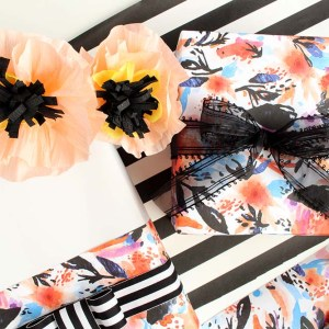 Wrap it Wednesday: Modern Florals by Gold Standard Workshop
