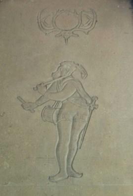 Carved figure on Cecil Sharp House by Gordon Hendrickx