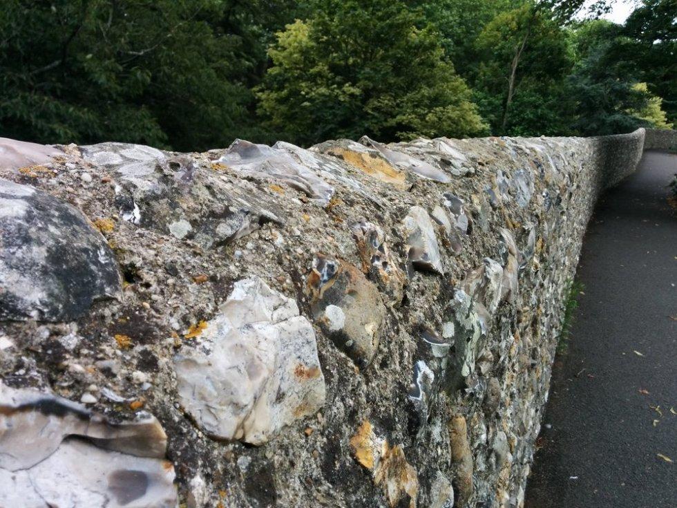 Chichester-stones-bricks-tiles-06