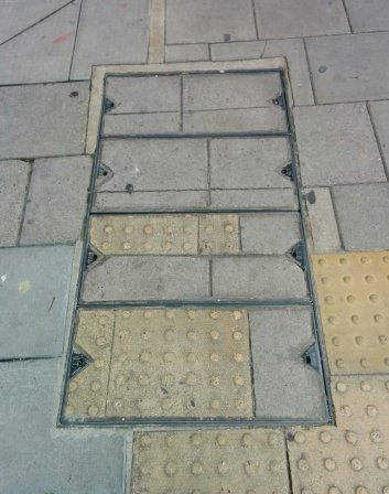 holes-in-the-pavement-50