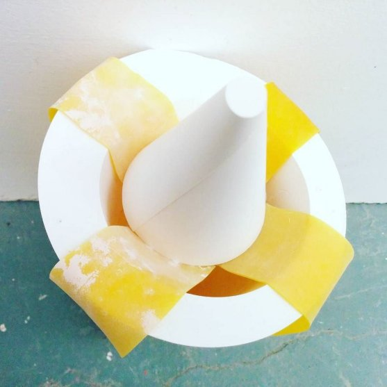 yellow-latex-bands-plaster-cones18