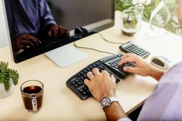 Ergonomic Resolutions V2 Keyboard Lifestyle