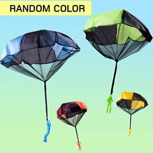 Fannty Main drôle d'enfants jetant Le Jouet de Parachute pour Le Parachute éducatif d'enfants