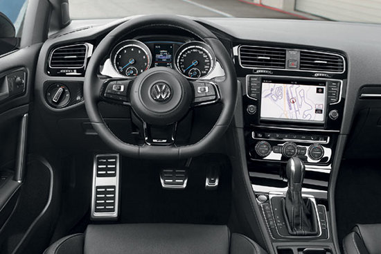 Golf R Cockpit