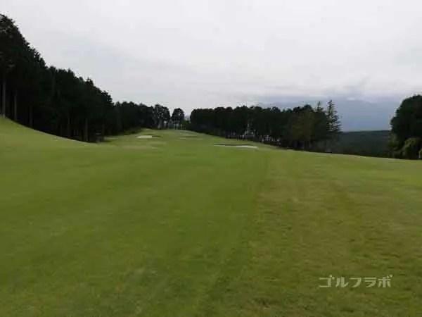 レンブラントゴルフ倶楽部御殿場の富士コース1番ホールの3打目