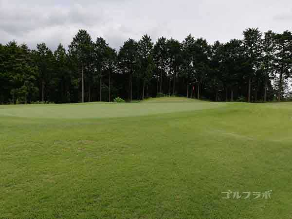 レンブラントゴルフ倶楽部御殿場の富士コース1番ホールのグリーン