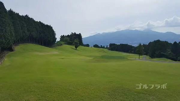 レンブラントゴルフ倶楽部御殿場の駿河コース8番ホールのティーグラウンド