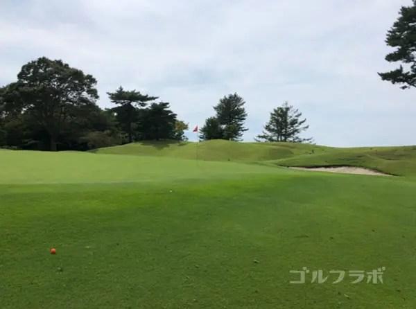 凾南ゴルフ倶楽部の4番ホールのグリーン
