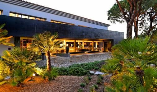 Praia-Verde-Boutique-Hotel-S-01-r