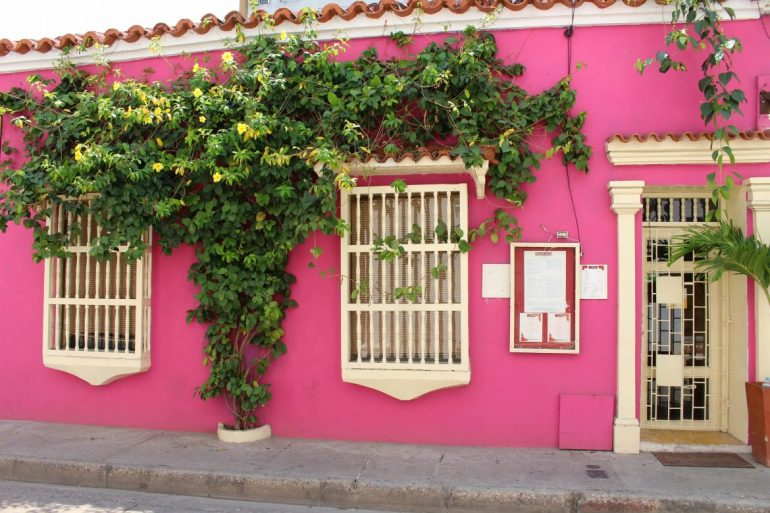 Pink House Cartagena things to do