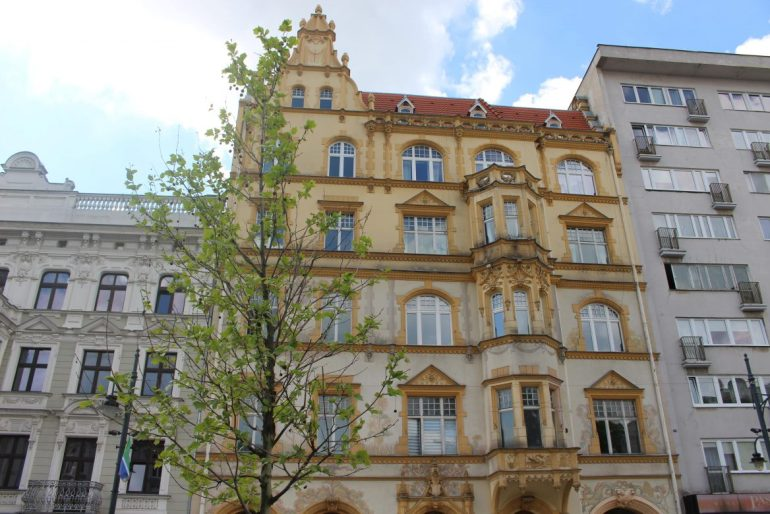 Piotrkowska-street-Lodz-detail