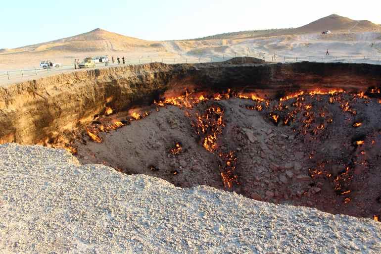 Darwaza krater
