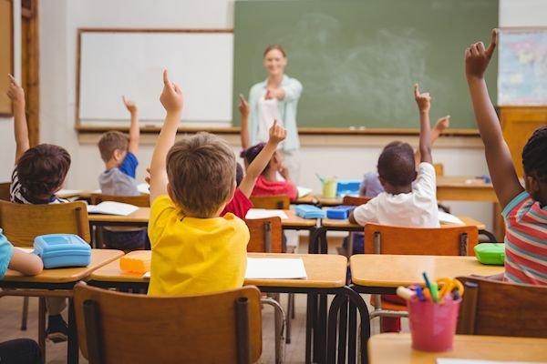 Как устроить ребенка в школу 14 лет