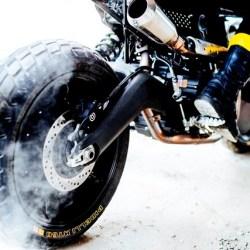 Pirelli e Scrambler Ducati: la special  by Vibrazioni® Art Design