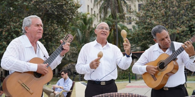 Care for some live music with your mojito while visiting the hotel nacional?