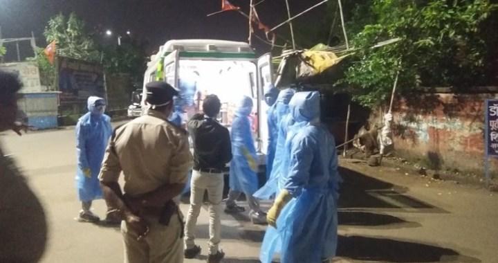 इस तरह से युवक को भिलाई से रायपुर एम्स लाया गया था, हालांकि घर लौटते वक्त वह अकेला था।