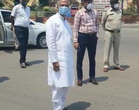 tamradhwaj-sahu-on-road-inspection