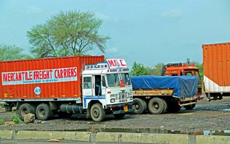 indian-goods-truck