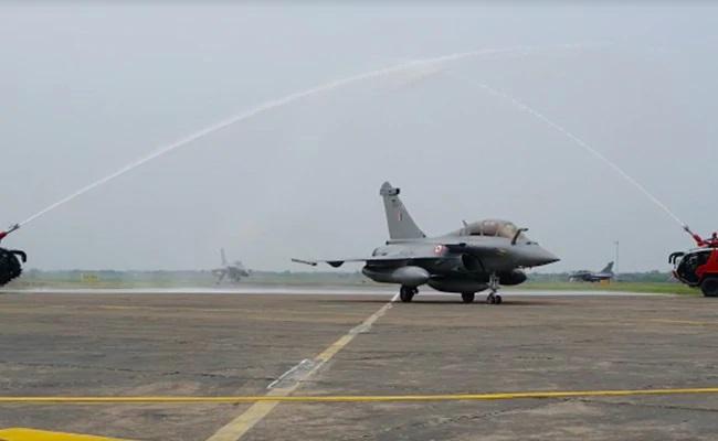 rafale-fighter-lands-at-ambala-photo