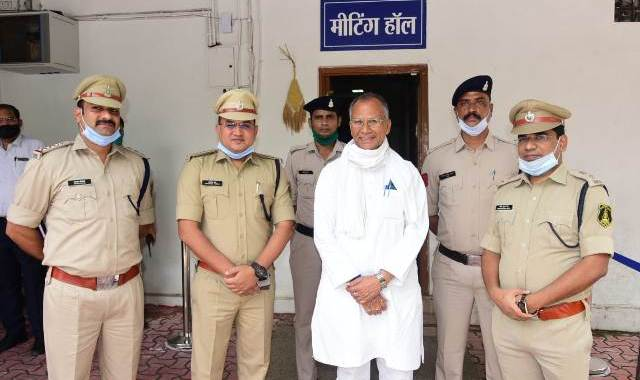 tamradhwaj-sahu-rewards-cg-police