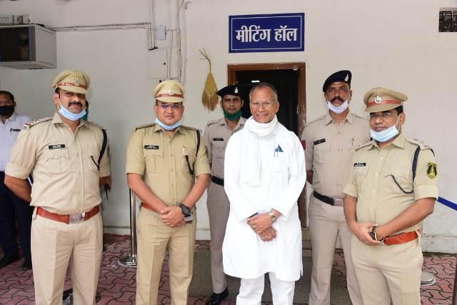 tamradhwaj-sahu-rewards-cg-police