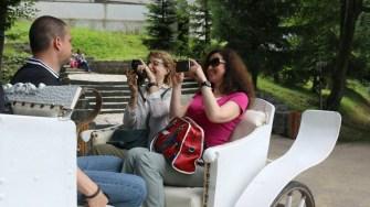 Ministrul Turismului, Bogdan Trif, a fost ghid pentru jurnaliștii străini. FOTO Ministerul Turismului / Arhivă