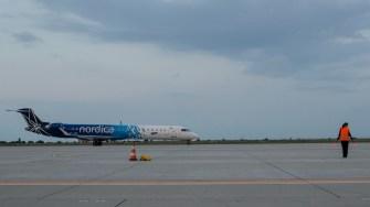 """Aeronava Nordica a primit """"botezul"""" pe Aeroportul Internațional """"Mihail Kogălniceanu"""". FOTO Cătălin SCHIPOR"""
