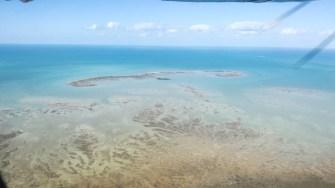 Din avion se pot vedea cel mai bine insulele bahameze. FOTO Cătălin SCHIPOR